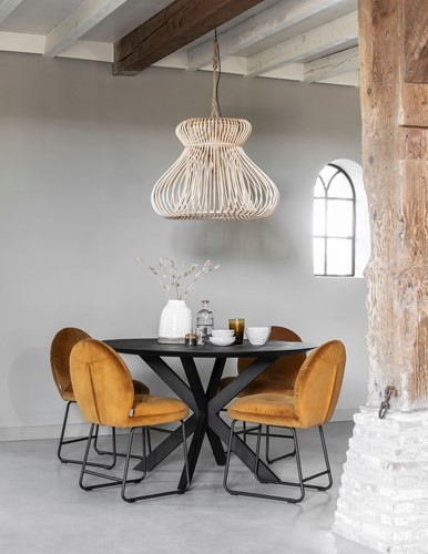 dining-table-shape-round-black-plus-chair-bouton-plus-haning-lamp-fungo-
