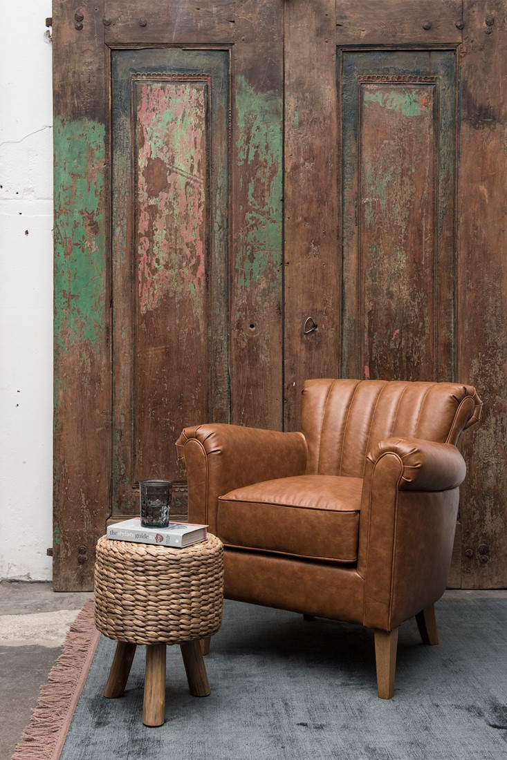 ri_lounge-chair-ambassador-81x81x79-cm-recycled-leather-cognac-3_279300184