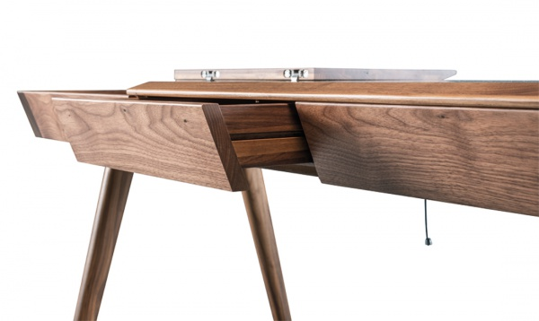 metis_desk_walnut_02